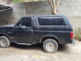 Ford Bronco 4x2 8 Cilindros