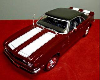 Autos A Escala De 1:18 Chevrolet Camaro 1968 Z/28
