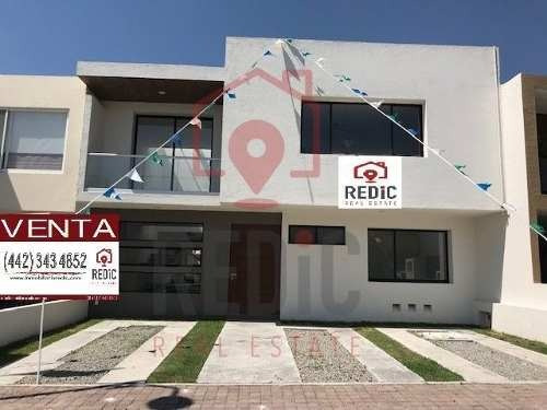 Casa En Venta De 3 Hab + Cuarto De Tv En Condesa Juriquilla