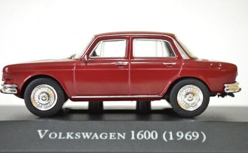 Imagem 1 de 3 de Miniatura Vw 1600 Zé Do Caixão Escala 1/43 Inesqueciveis