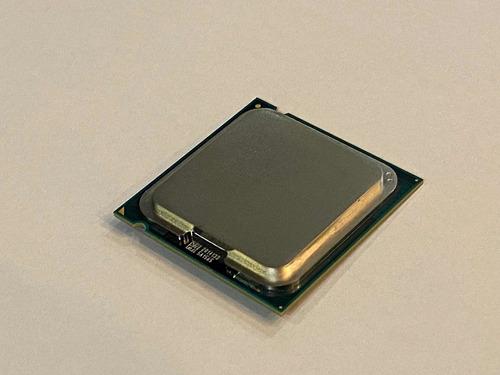 Imagem 1 de 3 de Processador Intel Celeron 2.50 Ghz E3300