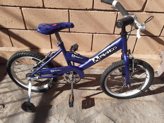 Bicicleta Rod. 16 Con Casco, Impecable......
