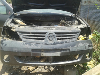 Parachoque De Renault Logan