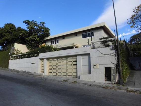 Casas En Alquiler Cumbres De Curumo 20-10076 Rah Samanes
