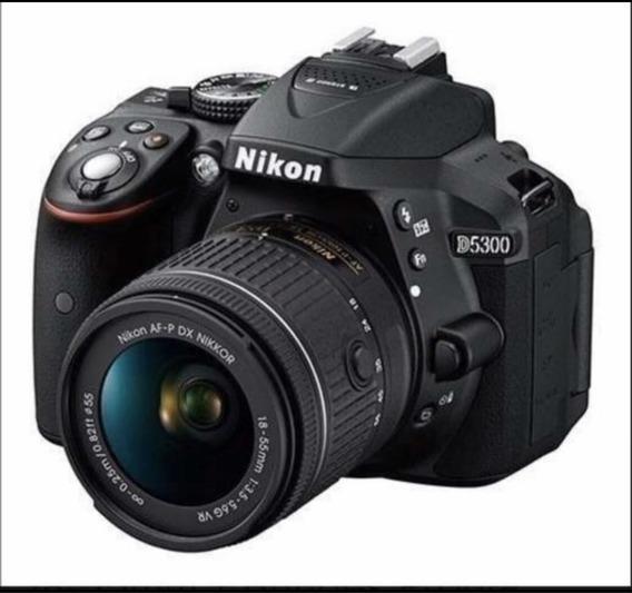 Câmera Nikon D5300, Lente 18-55mm, Bolsa E Brinde