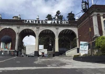 Fosa Panteon Jardín