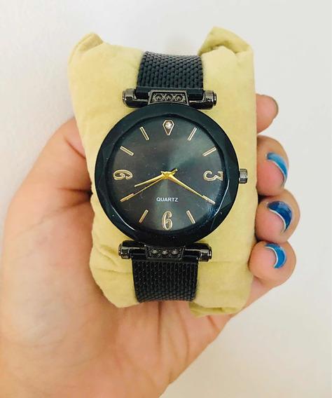 Relógio Feminino Preto E Dourado Redondo Ponteiros