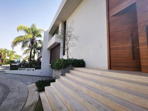 Residencia Coto Rinconada Marsella, Fraccionamiento Privado Valle Real, Zapopan Jalisco Casa De 5 Habitaciones