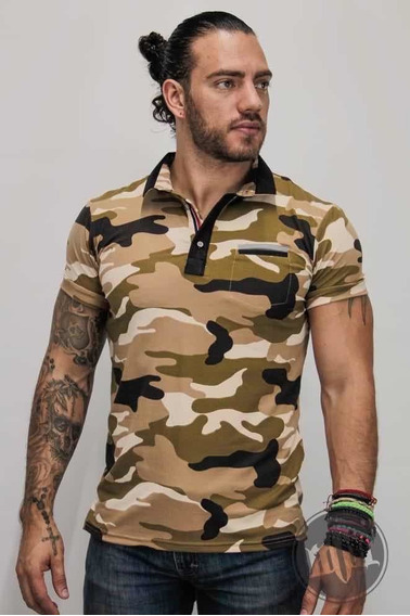 Playera Estampado Camuflaje Slim Fit