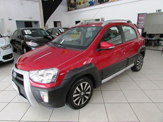 Toyota Etios Cross 1.5 16v Flex 4p Manual 2016