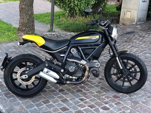 Ducati Scrambler 800 Full Throttle 2017 5800 Km