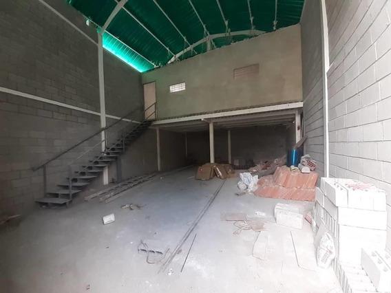 Galpon En Venta En Avenida Libertador Barquisimeto 20-24030 Nd