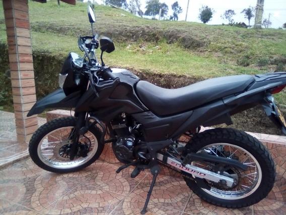 Moto Akt Ttr200