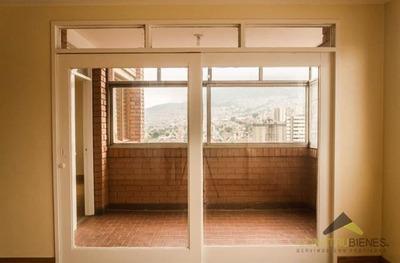 Apartamento En Venta En Medellin - Junin