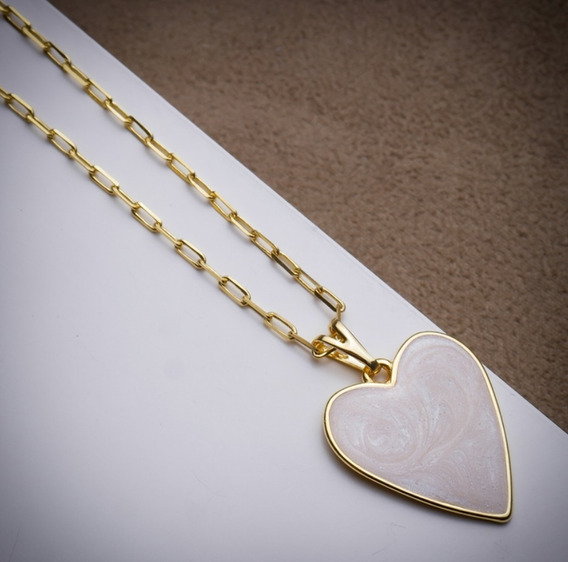 Colar Banhado Em Ouro 18 K Com Pingente Coração Esmaltado