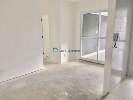 Apartamento Novo, 2 Dormitórios, 1 Suíte, 2 Vagas Com Depósito Privativo, A 4 Minutos Do Aeroporto . - Bi26270