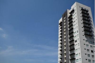 Departamento En Venta High Towers Lomas De Angelopolis.