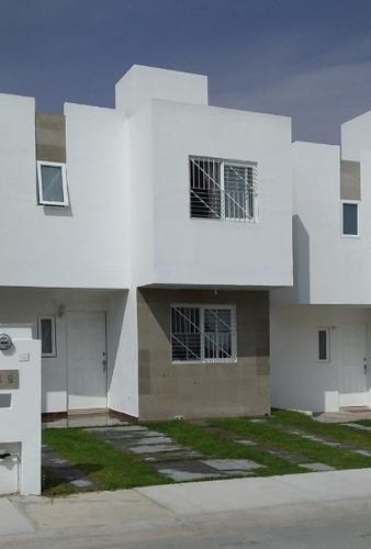 Casa En Renta Avenida La Paz, Rancho Santa Monica
