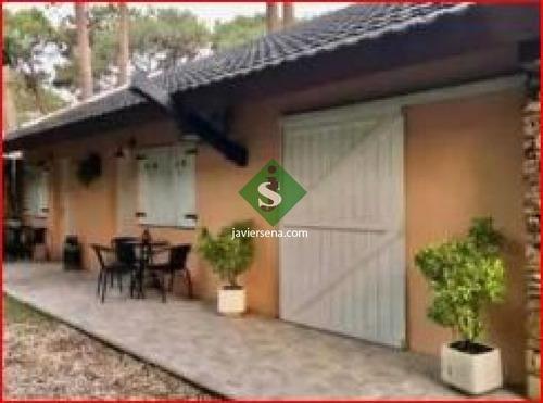 Alquiler De Casa En San Rafael, 2 Dormitorios, 2 Baños, Buen Lugar Para Veranear.- Ref: 168096
