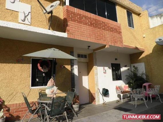 Town-house En Venta La Entrada Gliomar R. Cod. 19-6430