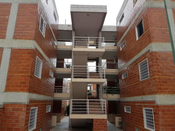 Bm 20-14328 Apartamento En Venta, El Encantado Guatire