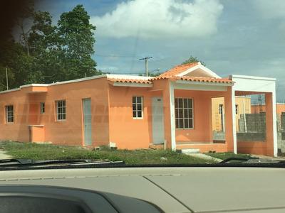Solares Y Casas En Villa Mella Res. Cerrado.
