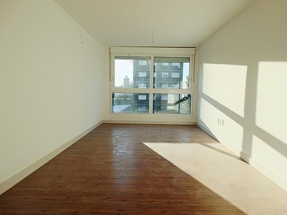 Apartamento De 2 Dormitorios Y 2 Baños