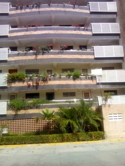 Alquilo Comodo Apartamento En Tucacas Res Arcoiris Oportunid