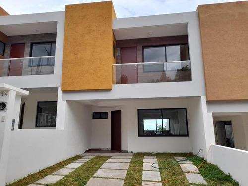 Imagen 1 de 12 de Casa Sola En Venta El Coyol