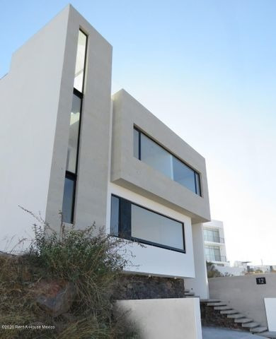 Imagen 1 de 14 de Hermosa Y Amplia Casa Renta Diseño Arquitecto 3 Rec Zibatá Jf