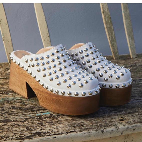 Zapatos Zuecos Mules Con Plataforma Tachas Viamo