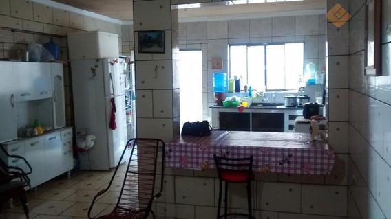 Sobrado Residencial À Venda, Vila Martins, Rio Claro. - So0034