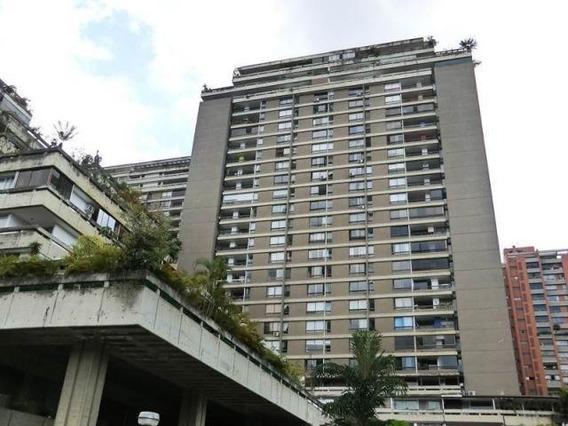 Apartamento En Venta Mls #20-8963