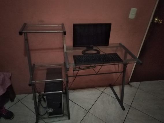 Computadora Con Mesa A 50 Verdes Informacion 04128314666