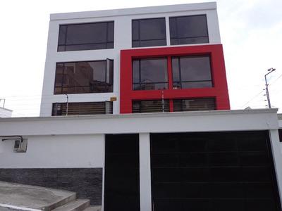 Sector Norte, Carcelen, Departamento 3 Dormitorios, 137 M2