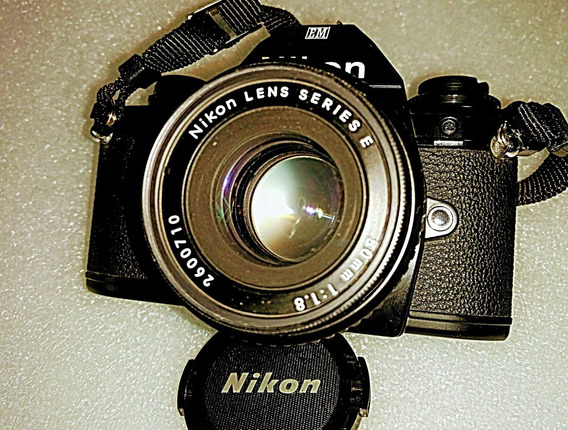 Camera Nikon Em Com Lente 50mm 1.8
