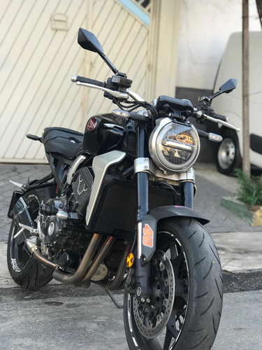Imagem 1 de 8 de Honda Cb 1000r