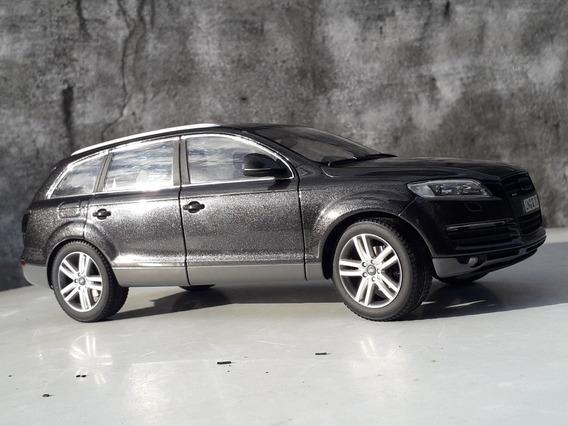 Audi Q7 4.2 V8 Fsi Kyosho 1/18 Dealer Edition Ñ Q5 Q3 Welly