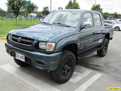 Toyota Hilux Ew Mt 2.4 4x4