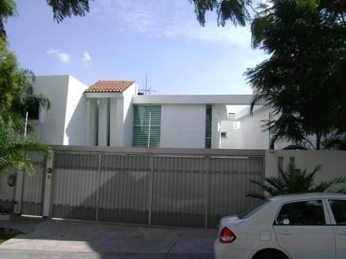 Moderna Residencia En Bugambilias Primera Seccion