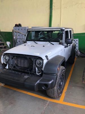 Jeep Wrangler 2015 3.6 Unlimited Sport Aut. 4p