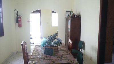 Casa 3/4 Residencial Ou Comercial Em Macaúbas (624532)