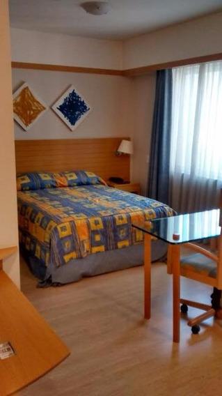 Flat Para Locação Na Consolação I 1 Dormitório I 1 Banheiro I Sala I Apoio De Cozinha I Reformado I 32m² I 1 Vaga - Fl0657