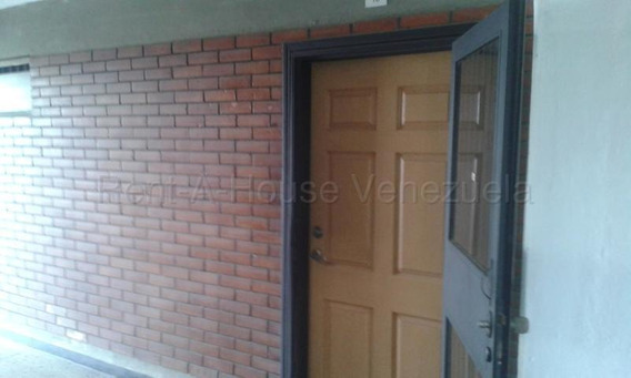 Oficina En Alquiler Zona Centro Bqto 20-9242,vc 04145561293