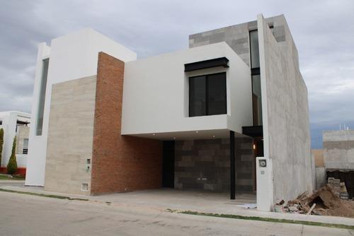 Casa En Venta -san Angel 1- Acabados De Lujo