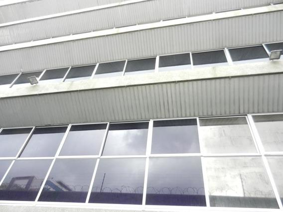 Edificio En Alquiler En La Urbina (mg) Mls #19-10162