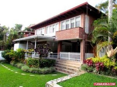 Casas En Venta- Las Esmeraldas 17-1876 Cb