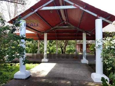 Venta De Local Comercial Salon De Eventos En Tuxpan Veracruz. Ubicado En La Carretera Tuxpan-tamiahua En La Colonia 23 De Noviembre De Tuxpan Veracruz. El Local Cuenta Con Área Grande Como Salon De E