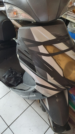 Motocicleta Tipo Scooter Freddom Eagle 150