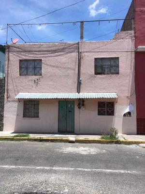 Casa De 2 Niveles, Pta Baja 4 Deptos Y Pta Alta 2 Deptos